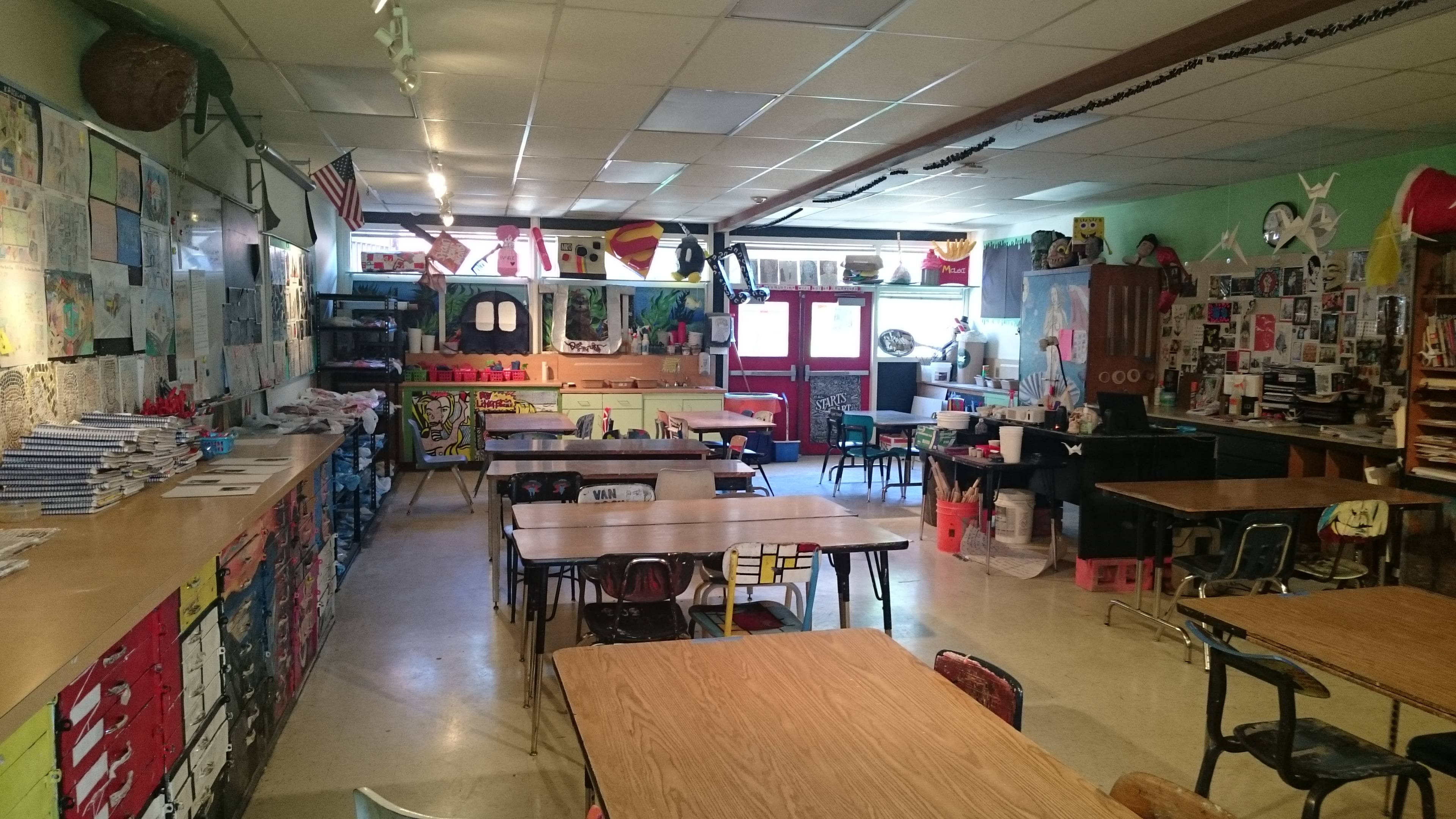 The smARTteacher Resource: Mrs. S.K.'s Art room Beg. Art and 3-D Design
